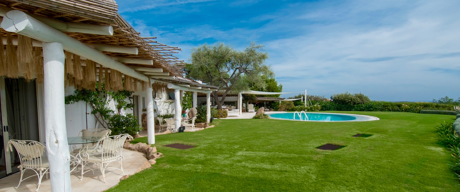 Rental villas in Porto Cervo on the sea for the summer